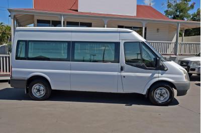 2011 Ford Transit VM Bus Image 5