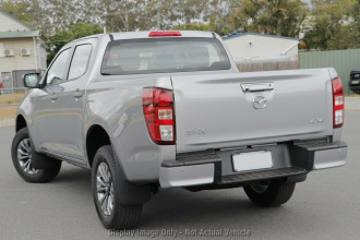 2020 MY21 Mazda BT-50 TF XT 4x4 Dual Cab Chassis Utility Image 3