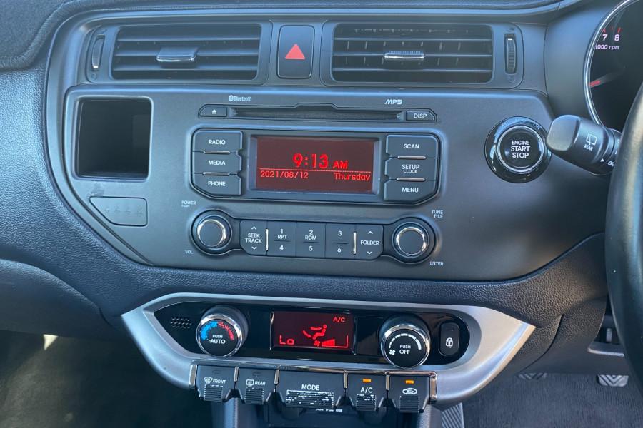 2012 Kia Rio UB  SLS Hatchback Image 18