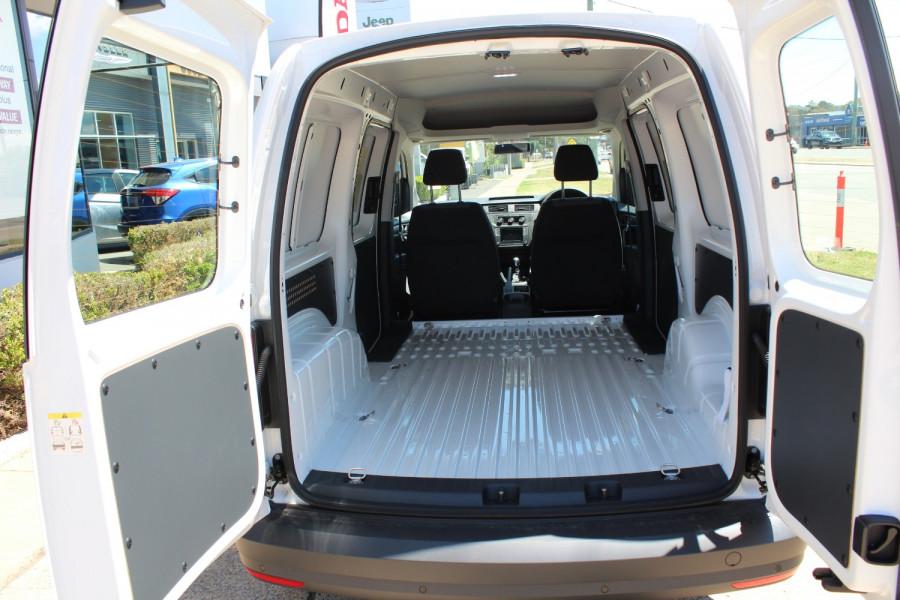 2020 Volkswagen Caddy 2K Maxi Van Lwb van Image 9