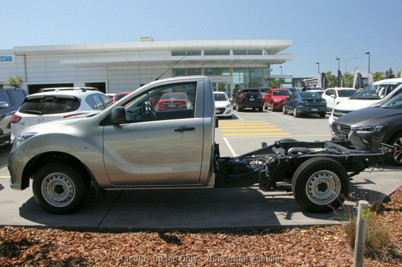 2018 Mazda BT-50 UR 4x2 2.2L Single Cab Chassis XT Cab chassis