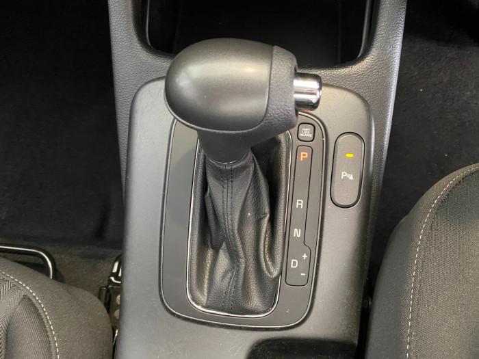 2015 Kia Cerato YD MY15 S Sedan Image 24
