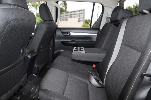 2015 Toyota HiLux GUN126R SR5 Utility Image 10