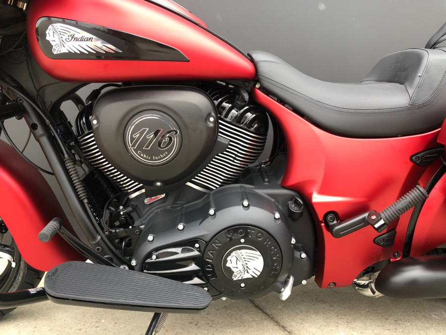 2020 Indian Chieftain DArk Horse Motorcycle Image 31