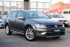 Volkswagen Golf 132TSI 7.5