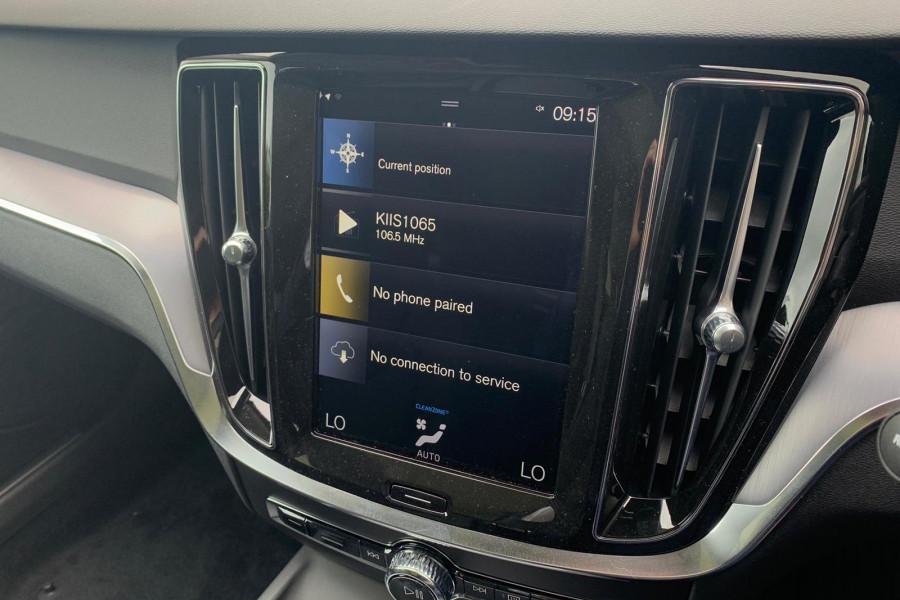 2020 Volvo V60 (No Series) T5 Momentum Wagon Mobile Image 10