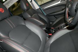 2020 MY21 MG ZST S13 Essence Wagon image 10