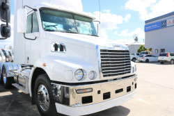 Freightliner Century Class 6x4 PRIME MOVER CST 112