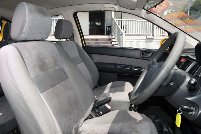 2004 Hyundai Getz TB MY04 GL Hatchback Image 9