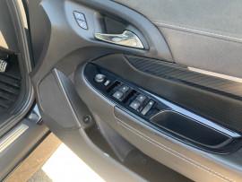 2016 Holden Commodore VF II  SS V Sedan image 14