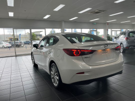2018 Mazda 3 BN5238 SP25 GT Sedan Image 5