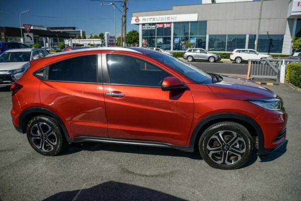 2018 Honda HR-V VTi-LX Hatchback Image 5