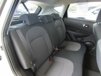 2010 MY09 Nissan Dualis J10 MY2009 ST Hatch X-tronic Hatchback image 18