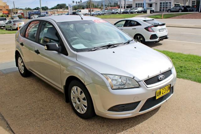 2008 Ford Focus LT CL Hatchback Image 4
