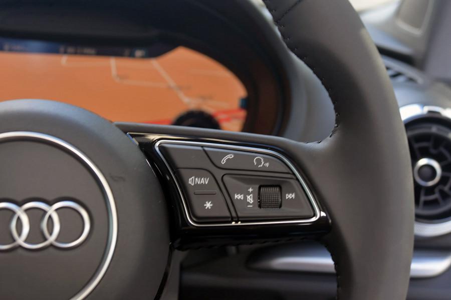 2019 Audi A3 40 S-line 2.0L TFSI S-tronic 140kW Sedan Mobile Image 16