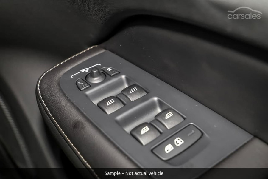2021 Volvo S60 Z Series T5 R-Design Sedan Image 9