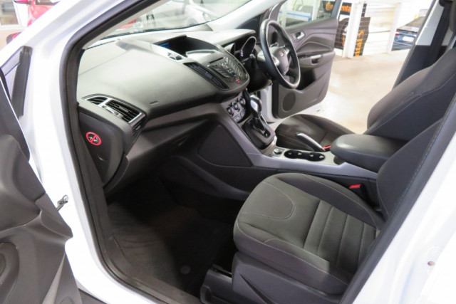 2015 Ford Kuga Ambiente FWD 13 of 24