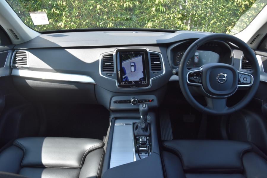 2019 Volvo XC90 L Series D5 Momentum Suv Image 8
