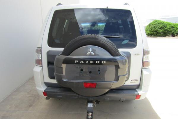 2011 MY12 Mitsubishi Pajero NW MY12 GLX Suv Image 4