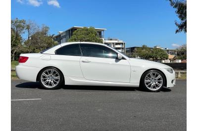 2010 BMW 3 Series E93 320d Convertible Image 2