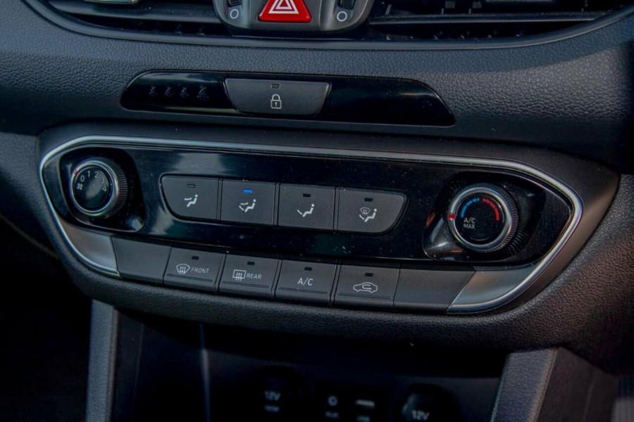 2018 MY19 Hyundai i30 PD2 MY19 Active Hatchback Image 11