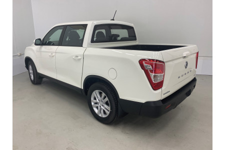 2020 MY20.5 SsangYong Musso Q200 ELX Utility Image 3