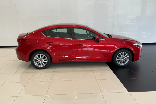 2017 Mazda 3 BN5278 Touring Sedan Image 4