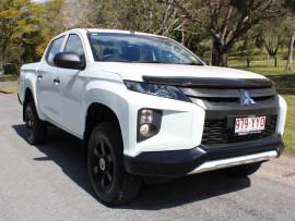 Mitsubishi Triton GLX Double Cab Pick Up 4WD MR