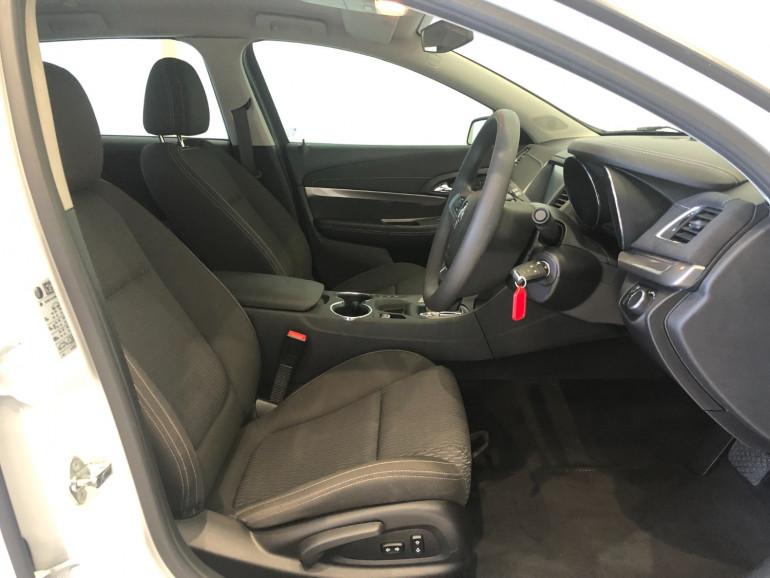 2016 Holden Commodore VF II Evoke Sportwagon Image 10