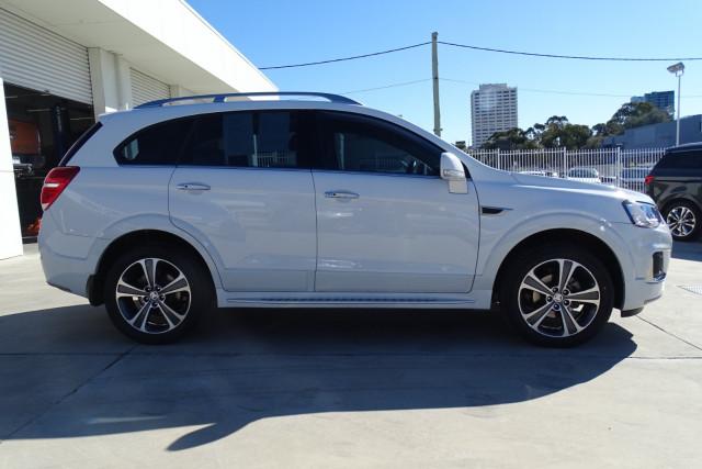 2016 Holden Captiva LTZ 12 of 33