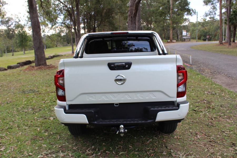 2021 Nissan Navara D23 Dual Cab ST-X Pick Up 4x4 Utility Image 6