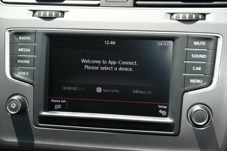 2015 MY16 Volkswagen Golf VII MY16 92TSI DSG Trendline Wagon Image 13
