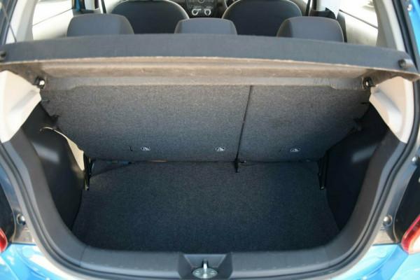 2015 Mitsubishi Mirage LA ES Hatchback Image 5