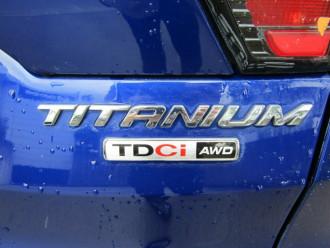 2016 Ford Escape ZG Titanium Suv image 7