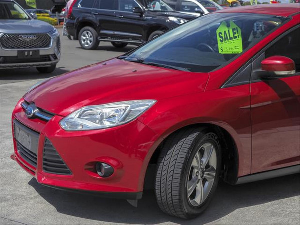 2012 Ford Focus LW Trend Hatchback image 7