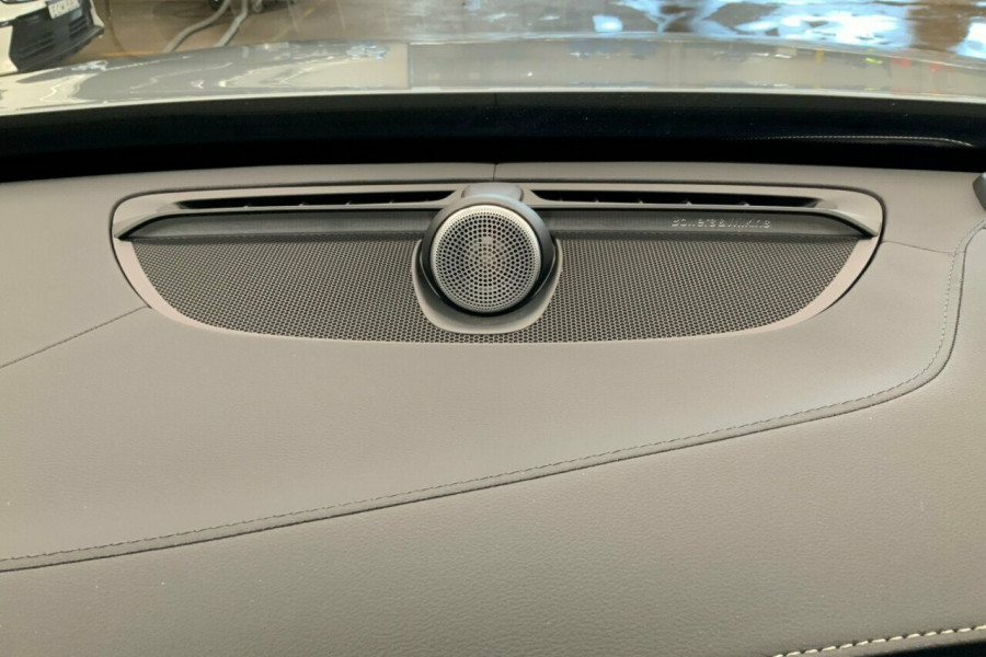 2018 MY19 Volvo XC90 256 MY19 T6 Inscription (AWD) Suv Mobile Image 18