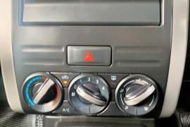 2010 Nissan X-Trail T31  TS Suv Mobile Image 19