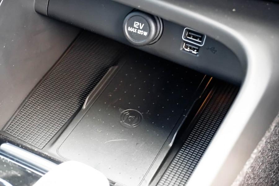 2020 MY21 Volvo XC40 XZ T4 Inscription Suv Image 13