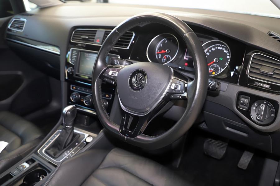 2016 MY17 Volkswagen Golf VII  110TSI Highline Hatch Image 7