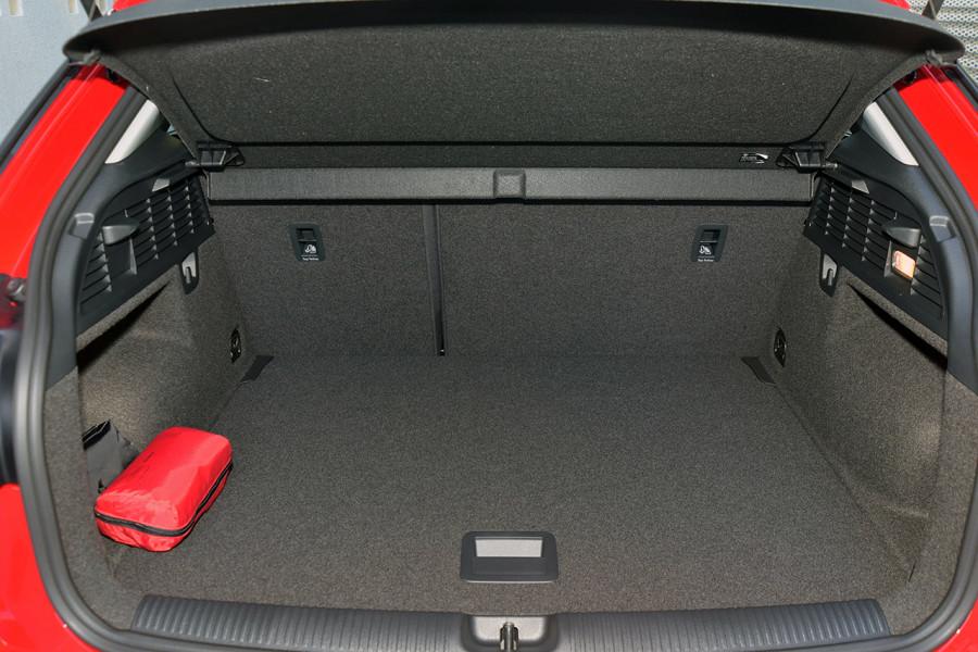 2019 Audi Q2 Suv Mobile Image 9
