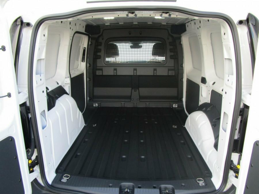2021 Volkswagen Caddy 5 SWB Van Image 11