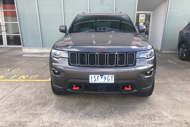 2018 Jeep Grand Cherokee Trailhawk 5 of 28