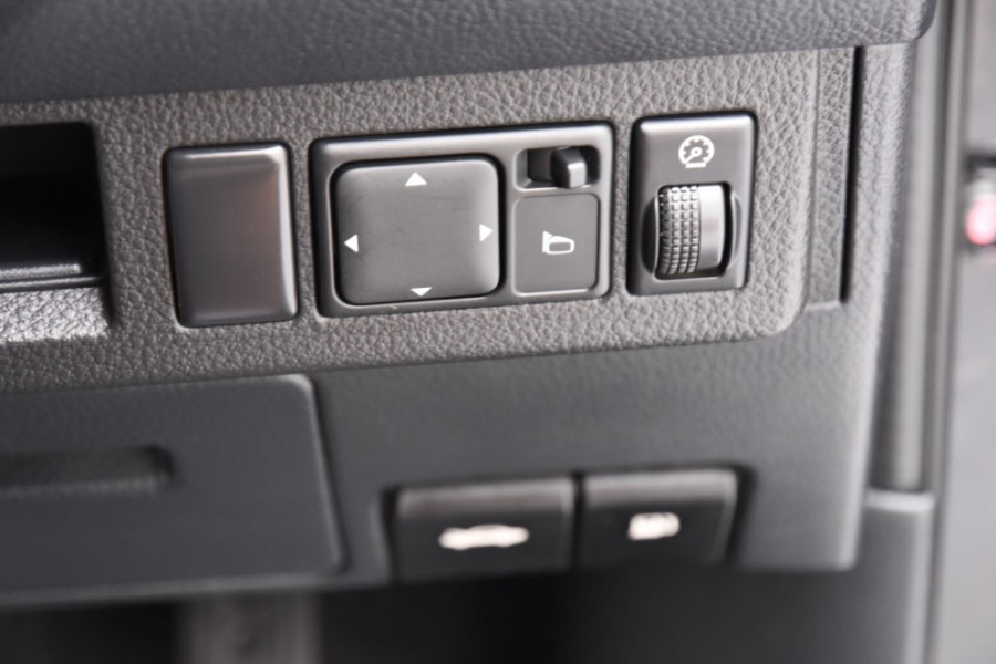 2007 Nissan Tiida C11 MY07 ST-L Hatch Image 14