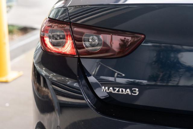 2021 Mazda 3 BP G25 Evolve Sedan Sedan Mobile Image 22