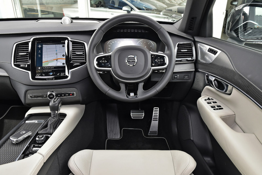 2019 MY20 Volvo XC90 L Series T6 R-Design Suv Mobile Image 3
