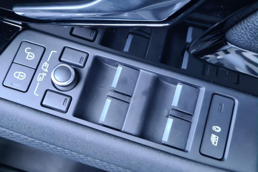 2019 MY20.25 Land Rover Range Rover Evoque L551 MY20.25 P250 Suv Image 17