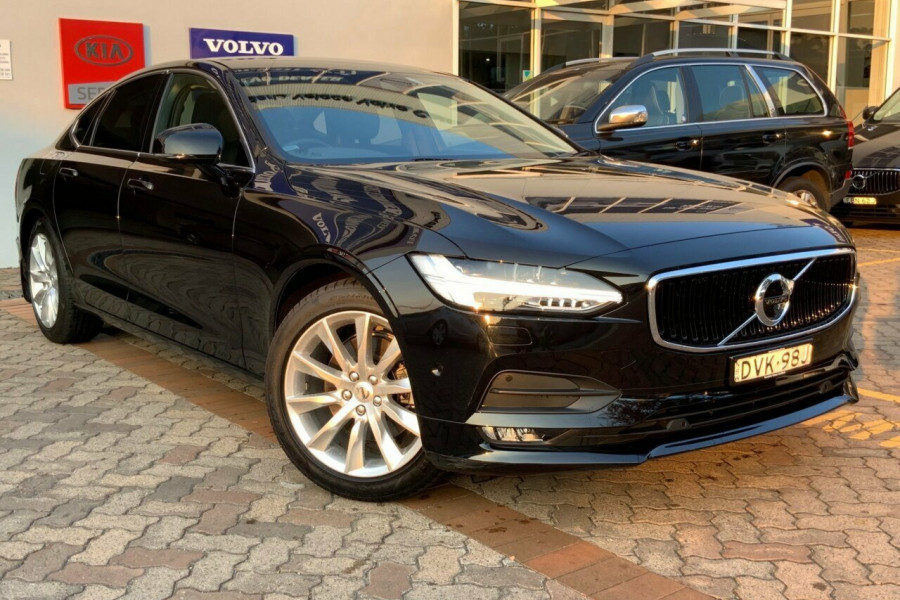 2016 MY17 Volvo S90 P Series D4 Momentum Sedan Mobile Image 1