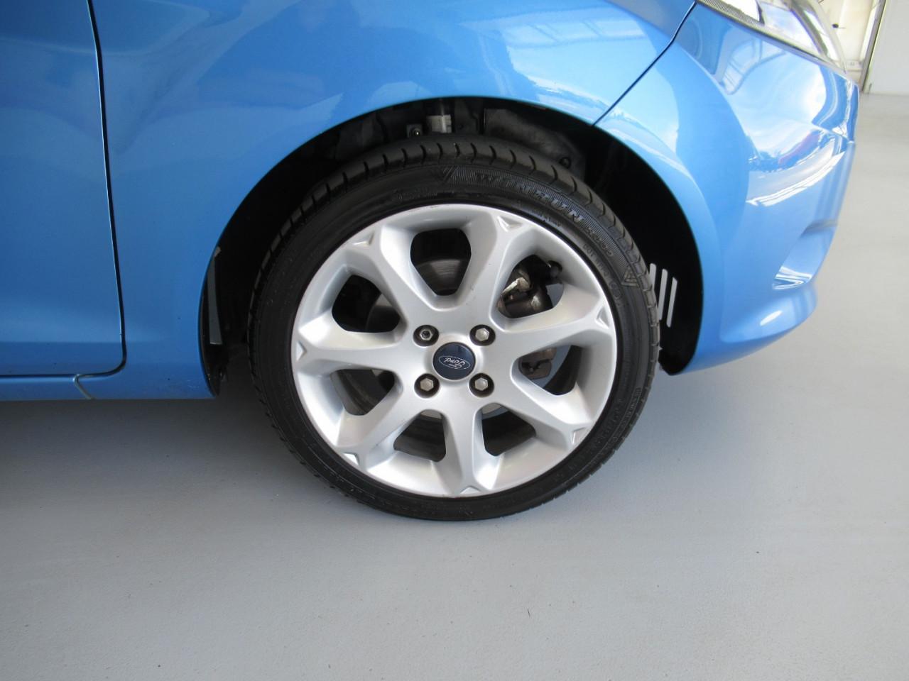 2009 Ford Fiesta WS CL Hatchback Image 11