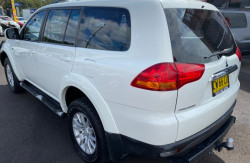 2012 Mitsubishi Challenger PB (KH) Turbo LS 5 seat wagon Image 5