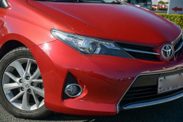2013 Toyota Corolla ZRE182R Ascent Sport S-CVT Hatchback Image 2